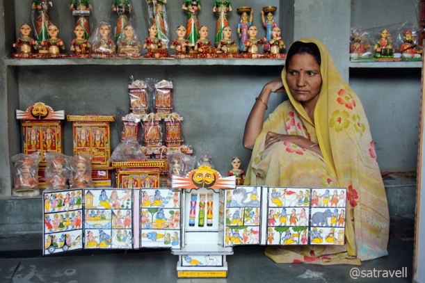 Belonging to the Suthar (Kawad-maker) community, her family has been engaged in this profession for the past 400 years