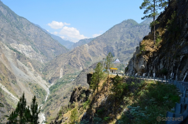 The Kinnaur Gate welcomes your arrival