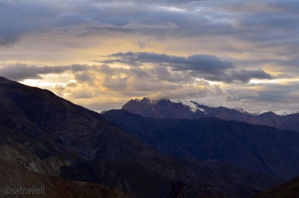 Unidentified peaks towards the Srikhand Range