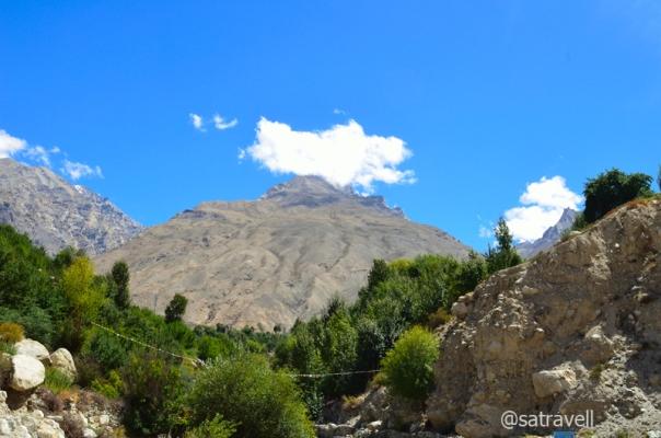 Up a mountain-face at Chango.