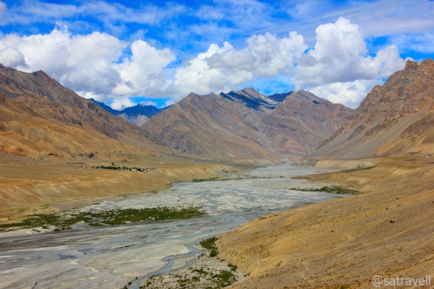 View towards the windswept Tud region; captured on way to the Ki Gompa