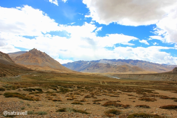Landscape towards Sarchu captured while approaching Brandy Nala