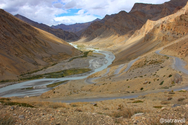 Gata Loops and Tsarap Chu that leads to Zanskar region