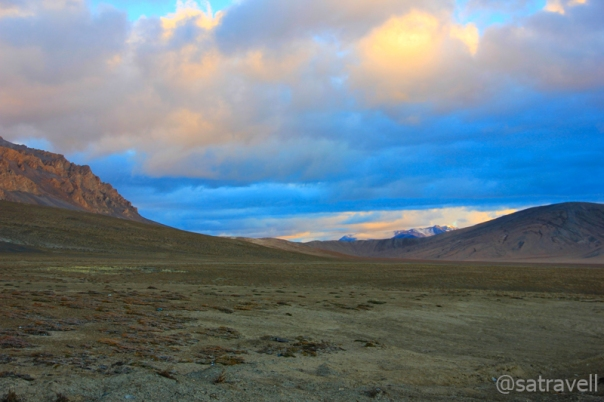 Early morning airbrushing. For more pics of the region, please visit Ladakh Region on Flickr