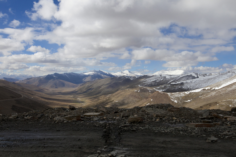 View towards Moray Plains from the slopes of Tanglang La. Photo-credit Sarabjit Lehal