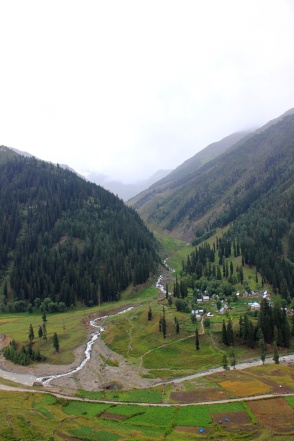 View towards Durin Valley