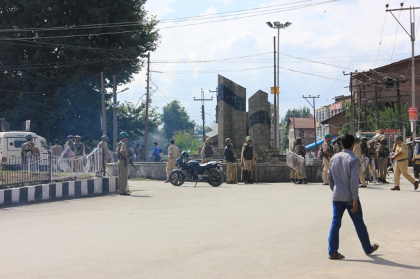 Srinagar Bandh; As the day progressed, it became clear that there was simply no point in venturing into the market area