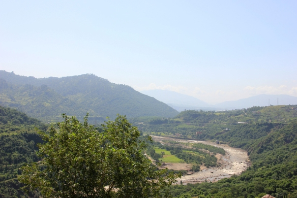 Ahead of Udhampur; near the diversion for Katra