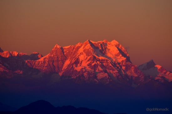 Ranging from 6854 m to 7138 m, the mighty Chaukhamba Massif