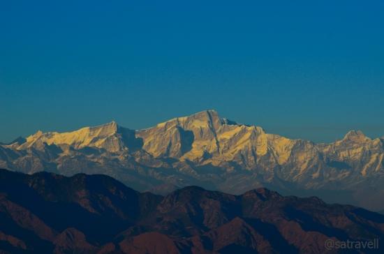 L to R: Kirti Stambh (6510m), Bharat Kuntha (6578m), Kedarnath (6940m)
