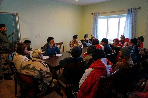 The final briefing session at Sherathang
