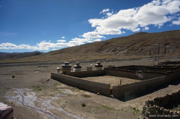 Through the Sakya Territory