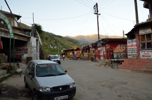 Choor view from the Nohradhar market; the trek begins from the gate behind Alto car in the frame